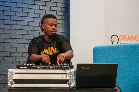 DJ: Hosts