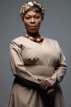 Sthandiwe Kgoroge as Nokulunga Nkosi
